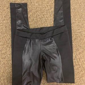 Faux leather legging size M skinny leg no tags